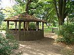 A pavilon és környezete