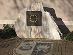 Uniós Emlékmű a Városháza előtt