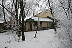 bejárat a turistaút felől télen